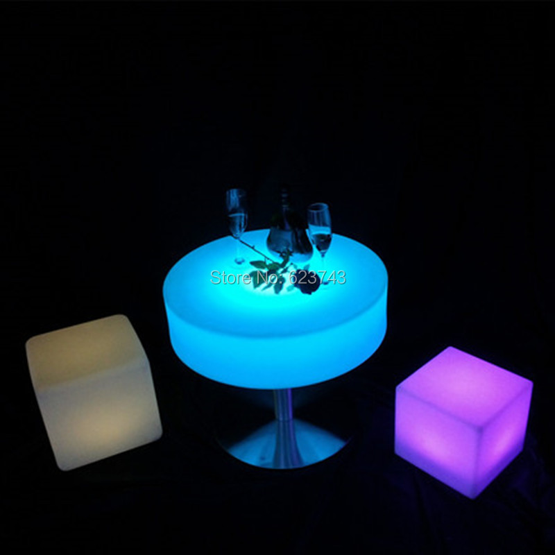 Remote control Plastic round glowing led cocktail bar table rechargeable led Table basse lumineuse LED Multicolore for bar pub(China (Mainland))