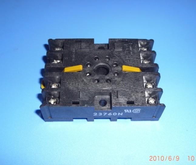 [ SA ]Genuine Omron relay base P2CF-08 for H3BA-N8H/H3CR / 8 feet--10PCS/LOT(China (Mainland))