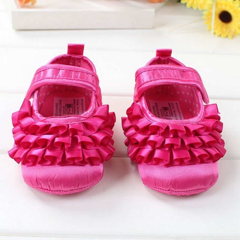 Гаджет  2015 Spring Autumn Newborn Baby Shoes Branded Baby Girls First Walkers Dot Lace Hook Loop Princess Non-Slip Cotton Infant Shoes None Детские товары