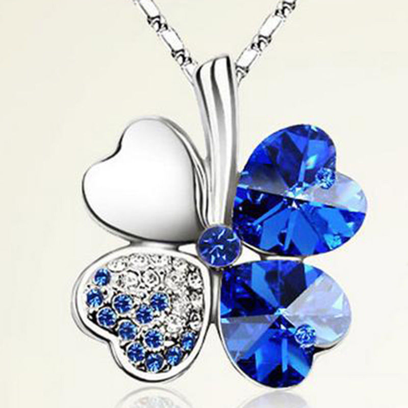 Women Lady Clover Pendant Crystal Necklace Chain Mean Happiness Free Shipping(China (Mainland))