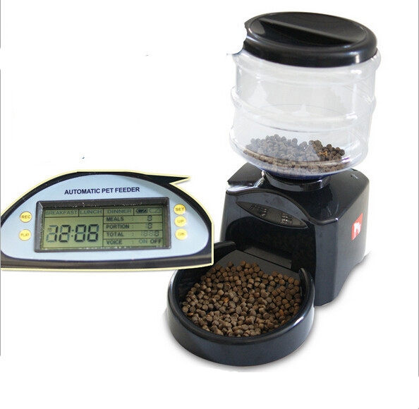 new arrive pet dog automatic feeder with LCD screen 25g-300g per time safe and clean dog feeding bowel 1177(China (Mainland))