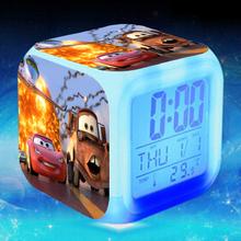 Симпатичные Pixar Автомобили Mater Будильник, 3d Фильм Pixar Автомобили Mater светящийся LED Изменение Цвета Цифровой Будильник, Детская Комната игрушки Сигнализации часы