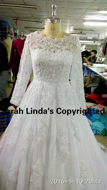 Зима 2015 бесплатная доставка бальное платье белого кружева аппликации бисер свадебные ...