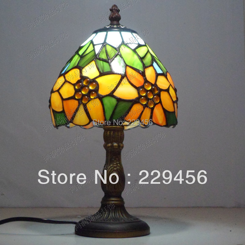 Tiffany Small Table Lamp Country Sunflower Stained Glass Bedside Luminaria de Mesa E27 110-240V(China (Mainland))