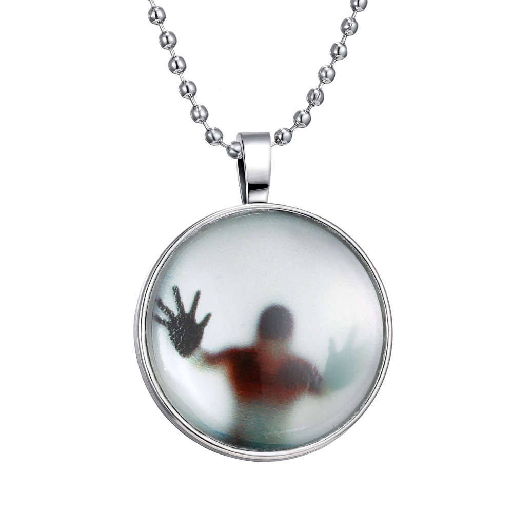 2016 Steampunk Fire Glow in the Dark necklaces Glowing Shadow Pendant Necklace Stainless Steel Chain necklace(China (Mainland))
