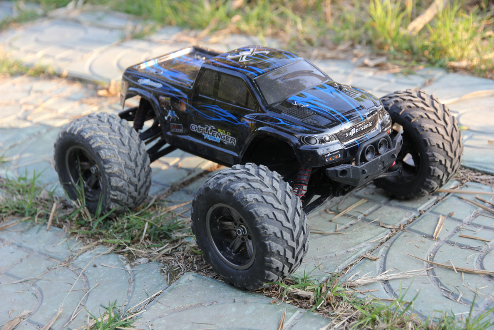Off Road Vs. On Road RC Cars