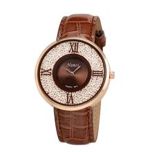 Nueva marca de fábrica famosa lujo números romanos mujeres elegantes brillantes bolas de cuarzo relojes PU banda de cuero reloj de pulsera WXHM659W # s14