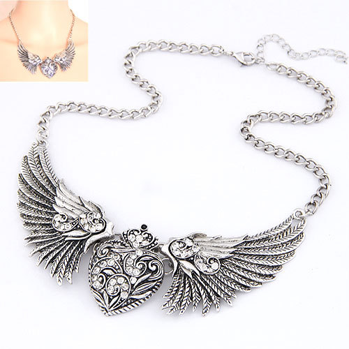 2016 Fashion Statement Necklaces & Pendants Vintage Gold/Silver Carving Heart Crystal Necklace Angles Wings Choker Collares(China (Mainland))