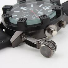 2015 hombres nuevos relojes, dial circular, banda de goma, al aire libre de la tabla de montaña, generoso y diseño único relojes militares