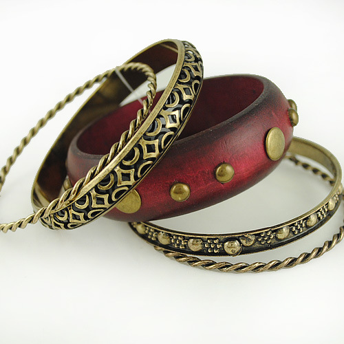 Multi-ethnic wooden bracelet retro twist rivets bracelet,metal bangle(China (Mainland))