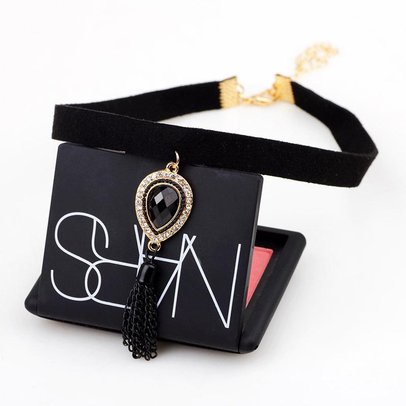 New velvet choker necklace women South Korea black rhinestone tassel necklace pendant steampunk collier fashion jewelry N9020(China (Mainland))