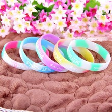 3 PCS Popular Fluorescent Color Blend Material Cute Letter Pattern Love Heart Pattern Sport Rubber Braclet Women Jewelry B307(China (Mainland))