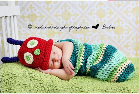 Children's clothing baby photo a caterpillar shape hundred sleeping bags the full moon day of photography photo(China (Mainland))