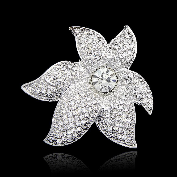 Manufacturers selling hot lady brooch Fashion accessories crystal brooch Popular jewelry gift bride Czech diamond brooch(China (Mainland))