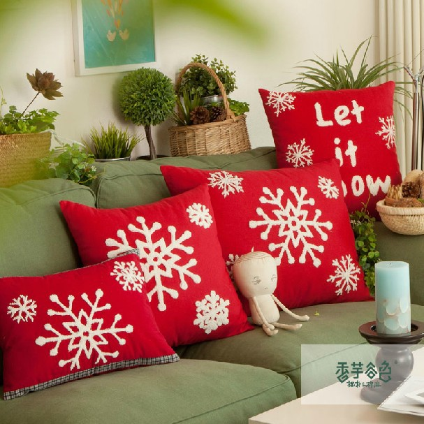Free Shipping 2pcs Lot Home Snowflakes Design Red Handmade Woolen Embroidery Lumbar Sofa Pillow Cushion Cover 50x60cm C7032