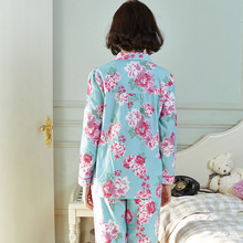 Song Riel sweet printing new winter pajamas Ms long sleeved cotton tracksuit suits Rain Man Creek
