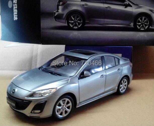 Rare! Silver 2014 1/18 New MAZDA 3 Star Gallop Sedan Diecast Model Car Mini Model Car Kits Limitied Edition(China (Mainland))