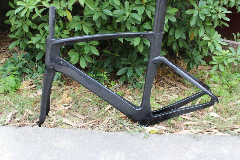 new design full carbon TT frame,UD Full Carbon Matte glossy Triathlon Time Trial Road Bike TT Frame(China (Mainland))