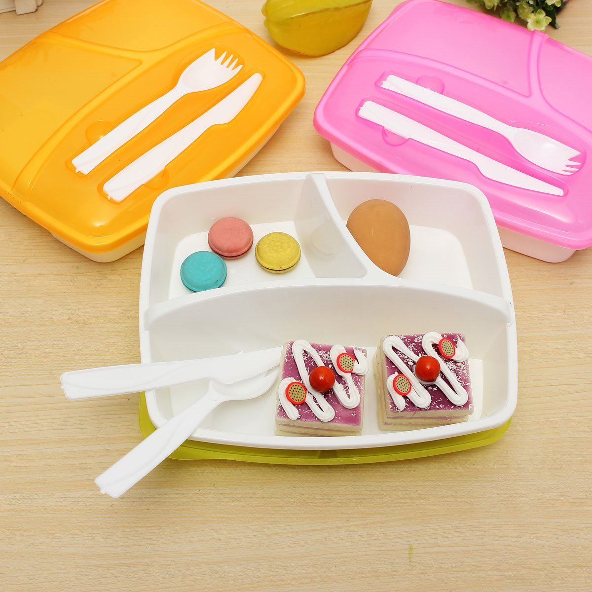 Best Price Separated Portable Plastic Lunch Box Food Storage Containers Microwave Oven Box Fit For Kids Student Officer(China (Mainland))
