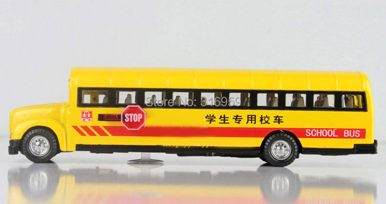 New brand school bus model scale 1:32 ABS Alloy diecast bus model doors can be opened model decoration vehicle toy(China (Mainland))