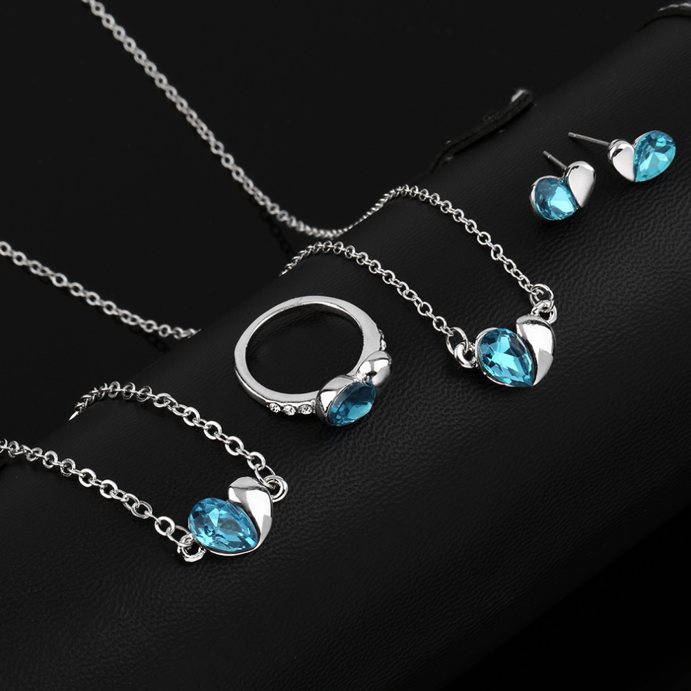 Girl Women Crystal hearts Jewelry Necklace + earrings + bracelet + ring Set Hot Selling(China (Mainland))