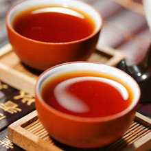 Shu puer black tea By 2012 are made of trees in early spring of menghai County