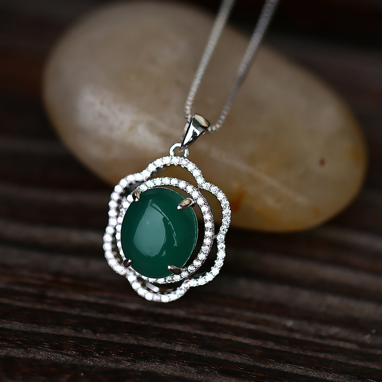 VINTAGE Elegant Design Trendy Delicate Flower Pattern Inside with Jade Necklace PayPal Accepted(China (Mainland))
