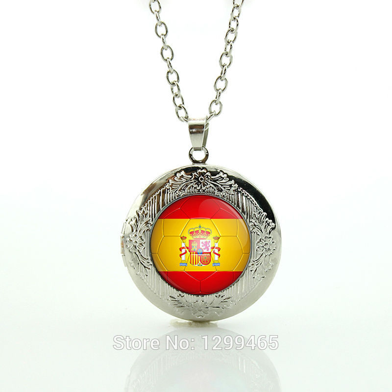 Spain football team logo Football Teams Jewelry Leisure series essential Classic Collection Personalized gift for men N515(China (Mainland))