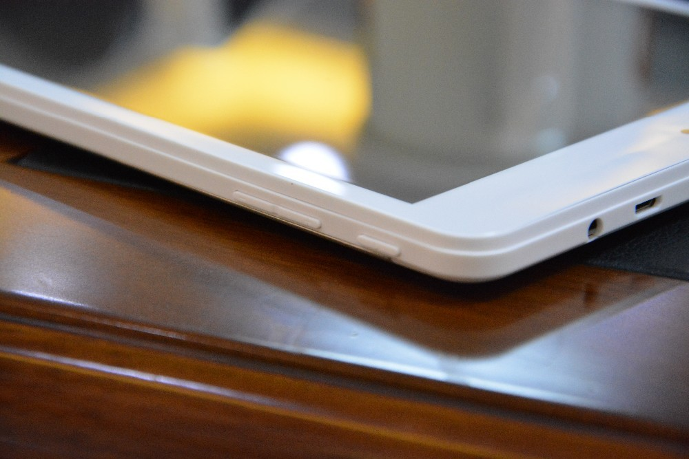 Планшетный ПК AM780 3G Dual Core Tablet PC 7.9/4.4 1024 * 768 TN /gps Bluetooth WCDMA MTK8312 1,2