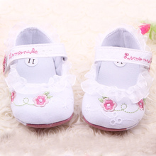 Infant Toddler Baby Girl First Walkers Floral Lace Prewalker Shoes Soft Sole Crib Shoes For Baby(China (Mainland))