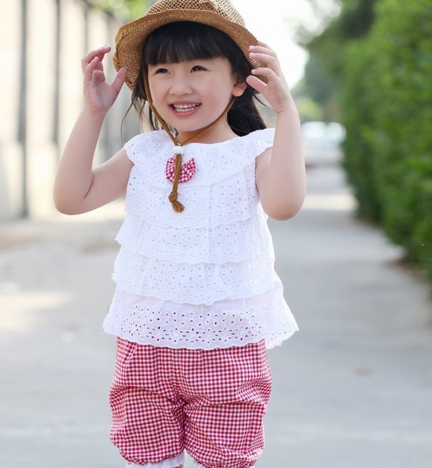 Summer Style Lace T-Shirt And Lattice shorts Pants Children Clothing Set Girl Clothes Set 2 Colors(China (Mainland))