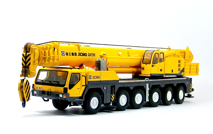Domestic original 1:50XCMG QAY200T large crane crane model alloy engineering vehicle model / collection(China (Mainland))
