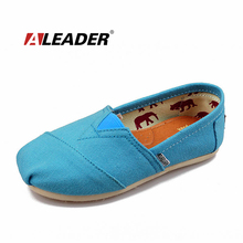 Casual Children Canvas Shoes Boys Spring Summer Girls Slip On Loafers Shoes 2016 Child Sneakers Casual Shoes Kids Flats Zapatos(China (Mainland))