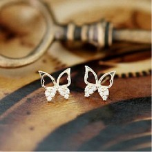E464 2016 New !!! Ms. Exquisite Fashion Jewelry Sparkling Rhinestone Butterfly Hollow Generous Stud Earrings For Women(China (Mainland))