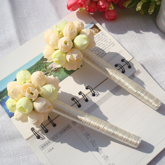 2pcs wedding pen signature pen wedding sign pen wedding married birthday party supplies free shipping: beige(China (Mainland))