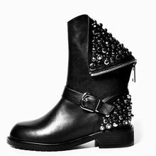 2017 nuevo de Alta calidad de LA PU + cuero genuino botas remaches cuadrados tacones otoño invierno botines sexy botas de piel de nieve zapatos de mujer(China (Mainland))