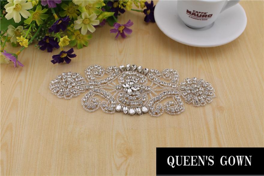 Crystal Rhinestone Applique Rhinestone Embellishment for Wedding dresses crystal rhinestone Sewing applique strass silver beads(China (Mainland))