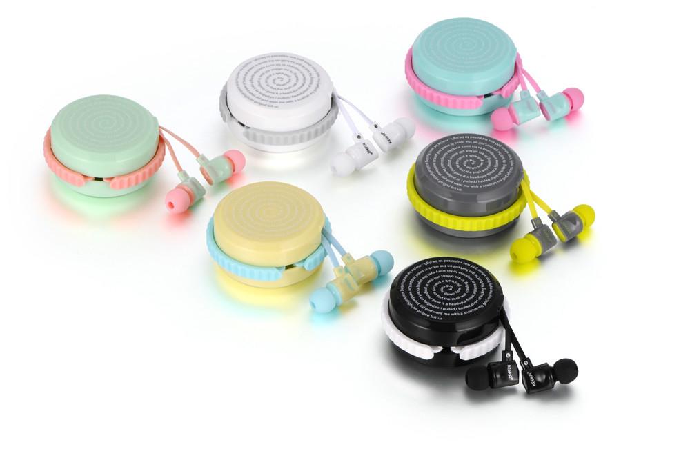 2016 Nuovo Arrivo Mini Orso Amaretto Auricolari in-ear con Microfono Colore Della Caramella Scherza il Regalo Auricolare per il Telefono Mobile