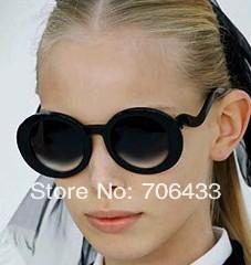 Freedropshipping 2pcs/Lot Mixed Design. New Fashon Sunglasses for Women Vintage Sunglasses Designer Sports Beach Glasses SG21