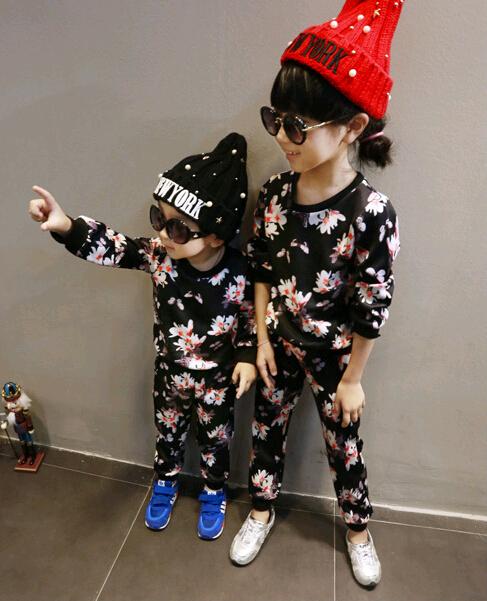 wholesale (5pcs/lot)- 2015 AUTUMN flower printerr sports black long sleeves shirt and pants set for child boy  girl<br><br>Aliexpress