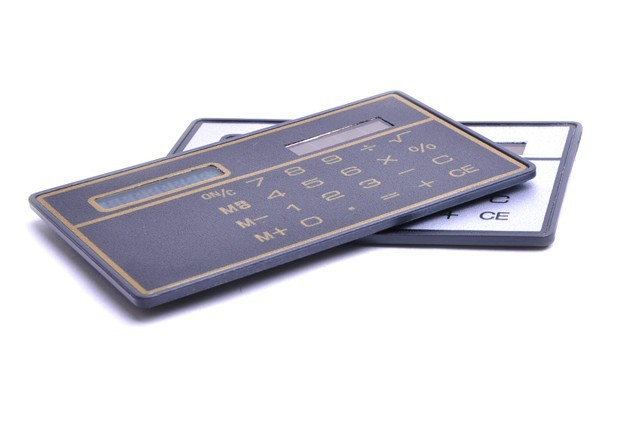 solar calculator New arrival High quality ultra-thin Solar panels type portable card calculator solar calculator free shipping(China (Mainland))