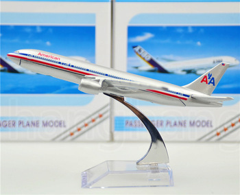 American Airlines Boeing 777 16cm alloy metal model aircraft child Birthday gift plane models chiristmas gift Free Shipping(China (Mainland))