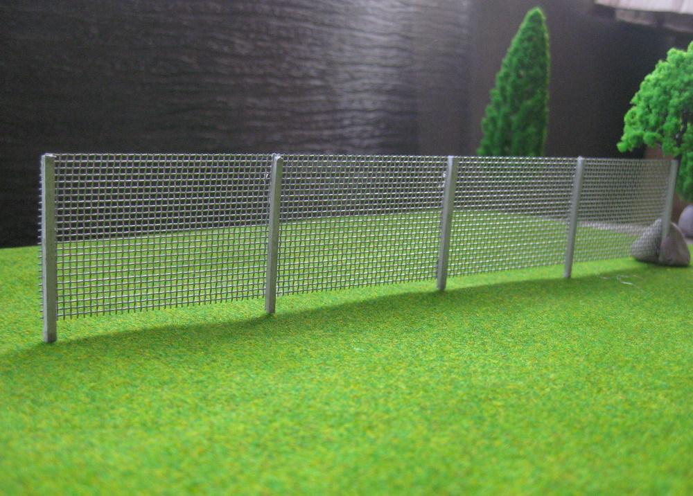 Забор из ткани на макет в картинках