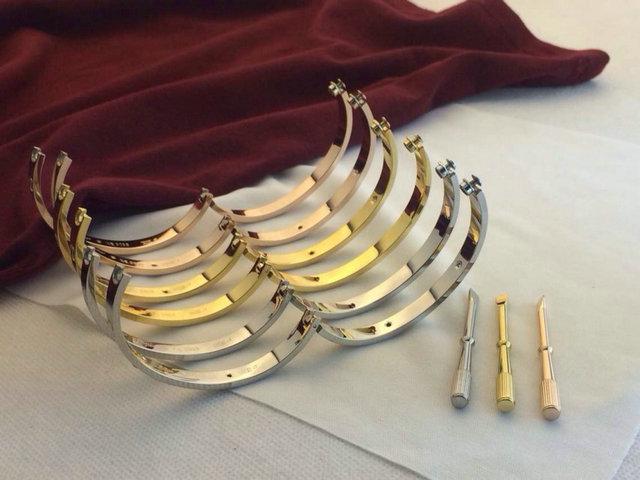 Гаджет  Hot 18K gold plated Fashion love carter bracelets bangles L316 titanium couple bracelet with a screwdriver gifts for women None Ювелирные изделия и часы