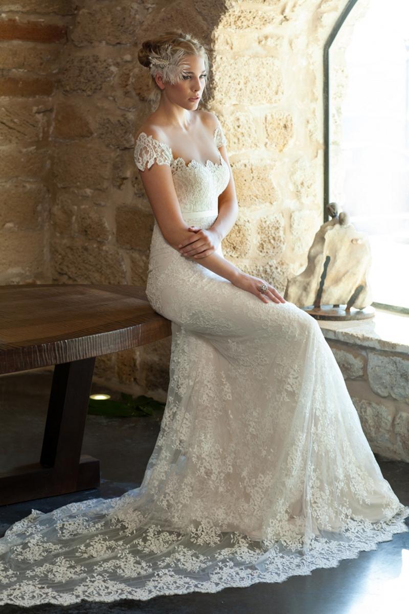 Elegant Lace Boho Wedding Dresses With Court Train Off The