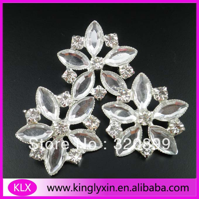 150pcs/lot 24mm Clear Crystal Brooch/Embellishment For invitation card /Costume/Wedding LX-G19<br><br>Aliexpress