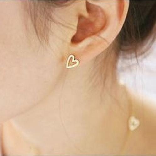 2015 Fashion Vintage Earrings Simple love queen peach heart stud earrings gifts for women girls pendientes earrings wholesale(China (Mainland))