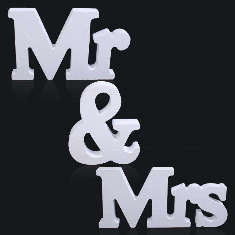 """1 Set Persona """"Mr & Mrs"""" Wooden Letters Wedding Decoration Present Gift 3 Inch Height White(China (Mainland))"""