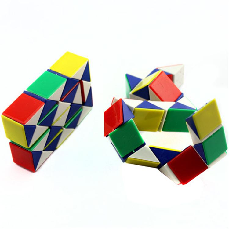 Kids Magic Cube IQ Puzzle Game Toy Foldable Color Snake Magic Ruler Magic Cube Jigsaw Puzzle(China (Mainland))