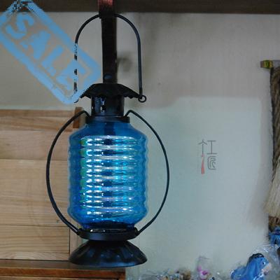 European style retro iron windproof candle lamp kerosene lamp candle lantern lantern with a glass cover(China (Mainland))